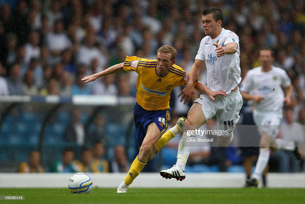 Paul Green of Derby County moves away from Jonathan Howson of Leeds United during the npower Championship match between Leeds United and Derby County at Elland Road on August 7, 2010 in Leeds, England.