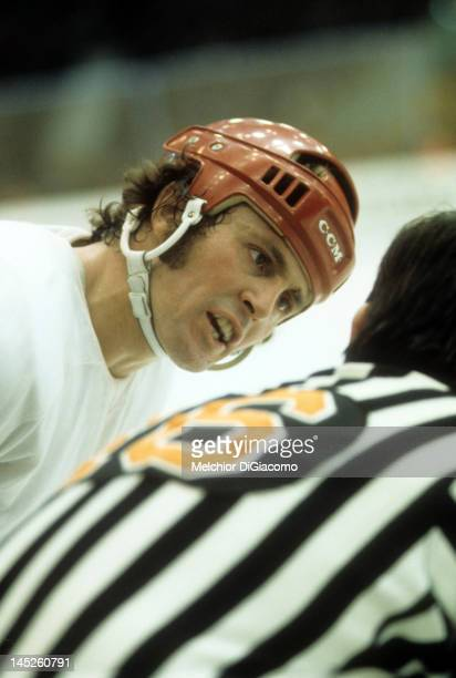 Paul Henderson of Canada talks with the referee during Game 5 of the 1972 Summit Series against the Soviet Union on September 22 1972 at the Luzhniki...