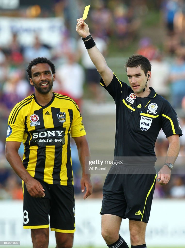 Paul Ifill of the Wellington Phoenix is shown the yellow card during the round 25 A-League match between the Perth Glory and the Wellington Phoenix at nib Stadium on March 17, 2013 in Perth, Australia.