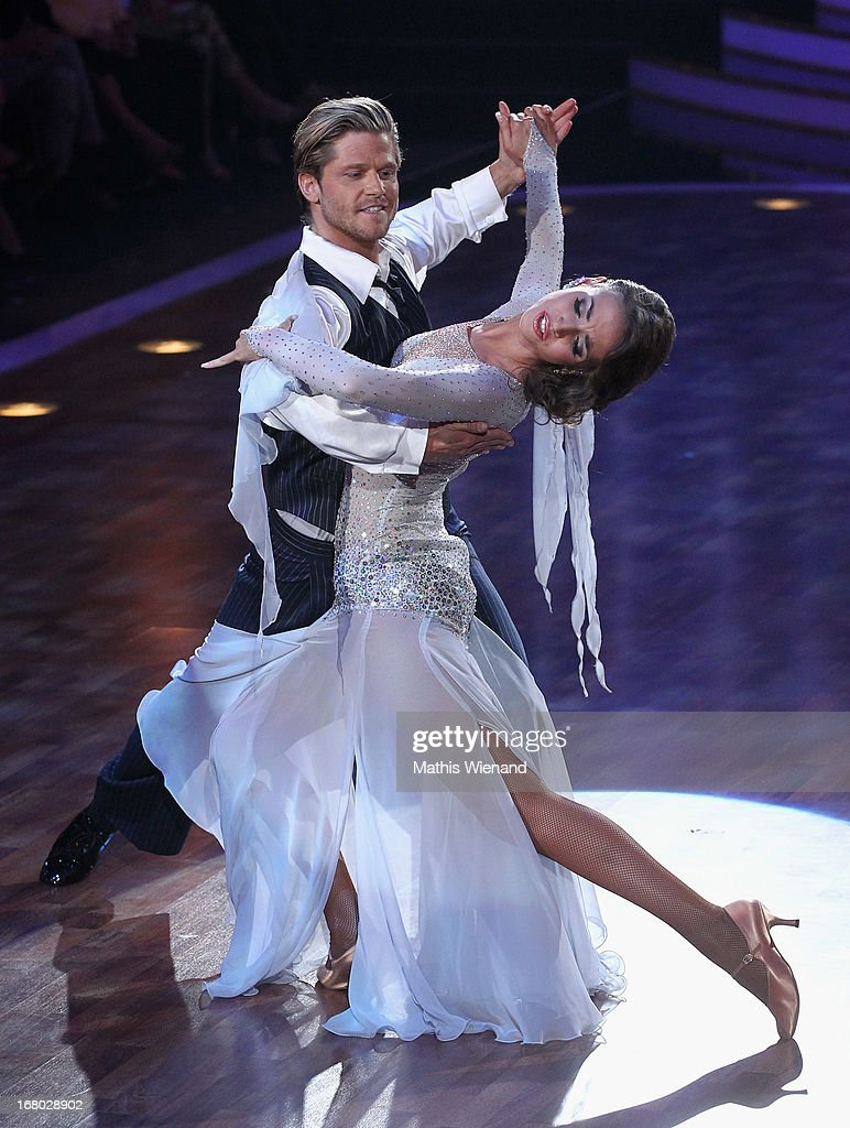 Paul Janke and Ekaterina Leonova attend the 5th Show of Let's Dance on RTL on May 3, 2013 in Cologne, Germany.