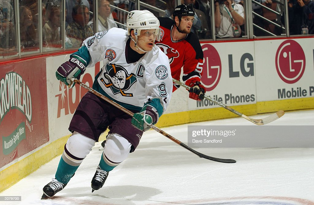 Paul Kariya #9 of the Mighty Ducks of Anaheim skates against the New Jersey Devils in game four of the 2003 Stanley Cup Finals at the Arrowhead Pond of Anaheim on June 2, 2003 in Anaheim, California.