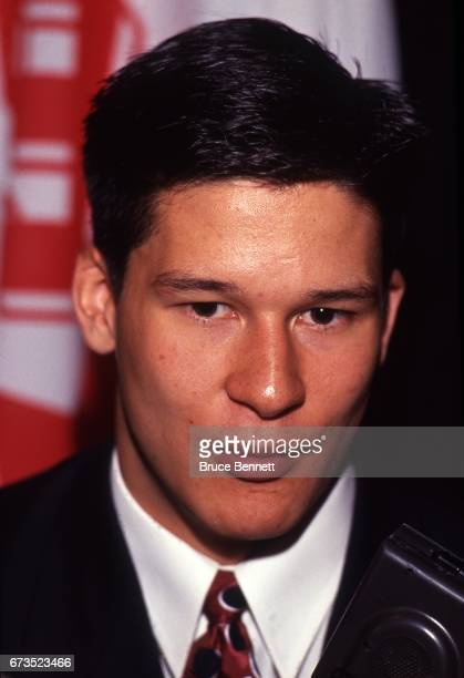 Paul Kariya the 4th overall pick selected by the Mighty Ducks of Anaheim at the 1993 NHL Draft talks to the media on June 26 1993 at the NHL Entry...