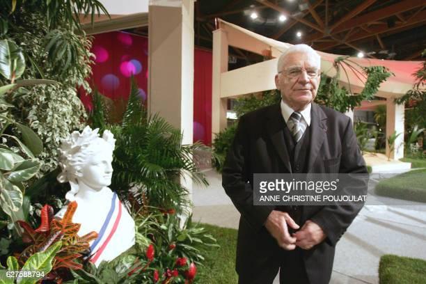 'LES MAIRES COMMUNISTES ESPERENT CONSERVER LEURS BASTIONS' Paul Lombard maire communiste de Martigues agé de 80 ans pose le 09 janvier 2008 à la...