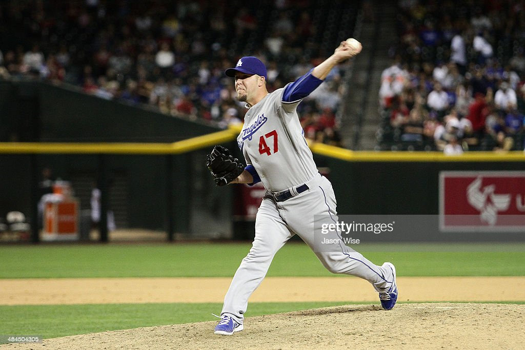 <a gi-track='captionPersonalityLinkClicked' href=/galleries/search?phrase=Paul+Maholm&family=editorial&specificpeople=585406 ng-click='$event.stopPropagation()'>Paul Maholm</a> #47 of the Los Angeles Dodgers delivers a pitch against the Arizona Diamondbacks in the eighth at Chase Field on April 12, 2014 in Phoenix, Arizona.