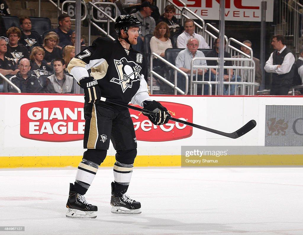 Paul Martin #7 of the Pittsburgh Penguins skates against the Ottawa Senators on April 13, 2014 at Consol Energy Center in Pittsburgh, Pennsylvania.