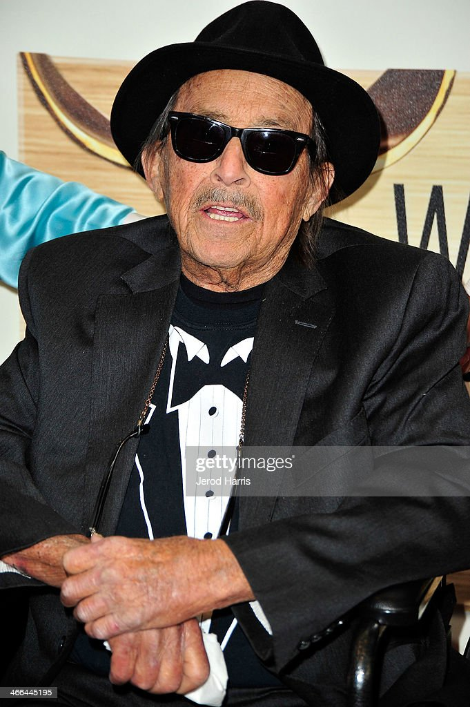<a gi-track='captionPersonalityLinkClicked' href=/galleries/search?phrase=Paul+Mazursky&family=editorial&specificpeople=657460 ng-click='$event.stopPropagation()'>Paul Mazursky</a> arrives at the 2014 Writers Guild Awards L.A. Ceremony at JW Marriott Los Angeles at L.A. LIVE on February 1, 2014 in Los Angeles, California.