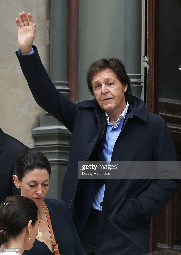 <a gi-track='captionPersonalityLinkClicked' href=/galleries/search?phrase=Paul+McCartney&family=editorial&specificpeople=92298 ng-click='$event.stopPropagation()'>Paul McCartney</a> and <a gi-track='captionPersonalityLinkClicked' href=/galleries/search?phrase=Mary+McCartney&family=editorial&specificpeople=208098 ng-click='$event.stopPropagation()'>Mary McCartney</a> are seen leaving the Stella McCartney show at L'Opera de Paris during Paris Fashion Week Womenswear Spring/Summer 2014 on September 30, 2013 in Paris, France.