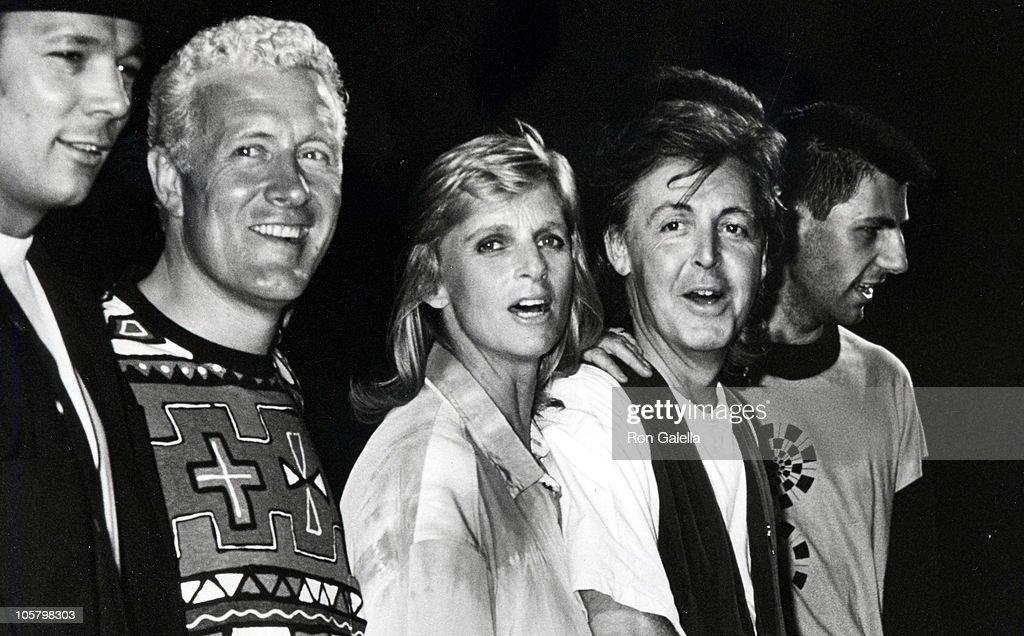 Wings * Paul McCartney & Wings - Jet / Let Me Roll It
