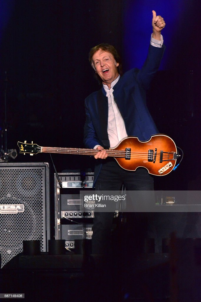 Paul McCartney performs at MetLife Stadium on August 7 2016 in East Rutherford New Jersey