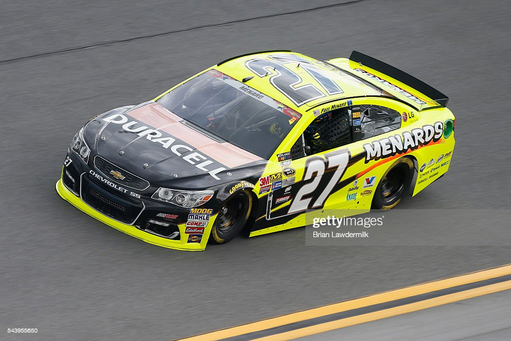 <a gi-track='captionPersonalityLinkClicked' href=/galleries/search?phrase=Paul+Menard&family=editorial&specificpeople=540271 ng-click='$event.stopPropagation()'>Paul Menard</a>, driver of the #27 Duracell/Menards Chevrolet, practices for the NASCAR Sprint Cup Series Coke Zero 400 at Daytona International Speedway on June 30, 2016 in Daytona Beach, Florida.
