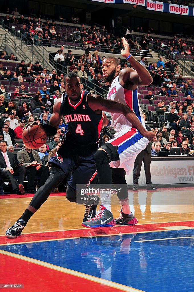 <a gi-track='captionPersonalityLinkClicked' href=/galleries/search?phrase=Paul+Millsap&family=editorial&specificpeople=880017 ng-click='$event.stopPropagation()'>Paul Millsap</a> #4 of the Atlanta Hawks drives baseline against <a gi-track='captionPersonalityLinkClicked' href=/galleries/search?phrase=Greg+Monroe&family=editorial&specificpeople=5042440 ng-click='$event.stopPropagation()'>Greg Monroe</a> #10 of the Detroit Pistons on November 22, 2013 at The Palace of Auburn Hills in Auburn Hills, Michigan.