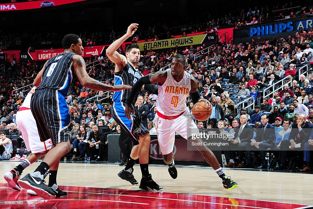 <a gi-track='captionPersonalityLinkClicked' href=/galleries/search?phrase=Paul+Millsap&family=editorial&specificpeople=880017 ng-click='$event.stopPropagation()'>Paul Millsap</a> #4 of the Atlanta Hawks handles the ball against the Orlando Magic on February 8, 2016 at Philips Arena in Atlanta, Georgia.