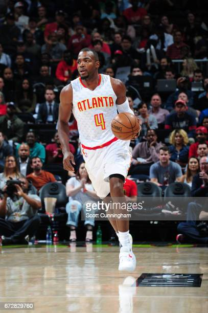 Paul Millsap of the Atlanta Hawks handles the ball against the Washington Wizards during Game Four of the Eastern Conference Quarterfinals of the...