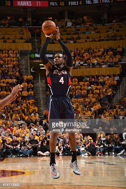 Paul Millsap of the Atlanta Hawks shoots the ball against the Cleveland Cavaliers at the Quicken Loans Arena During Game Three of the Eastern...