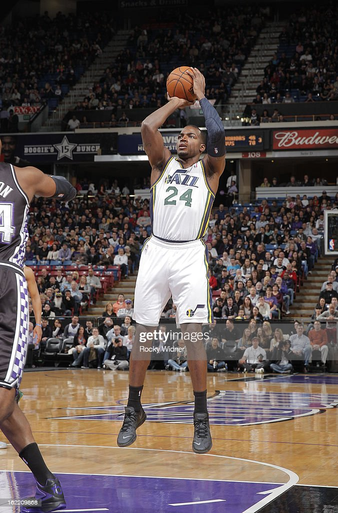 <a gi-track='captionPersonalityLinkClicked' href=/galleries/search?phrase=Paul+Millsap&family=editorial&specificpeople=880017 ng-click='$event.stopPropagation()'>Paul Millsap</a> #24 of the Utah Jazz shoots against the Sacramento Kings on February 9, 2013 at Sleep Train Arena in Sacramento, California.