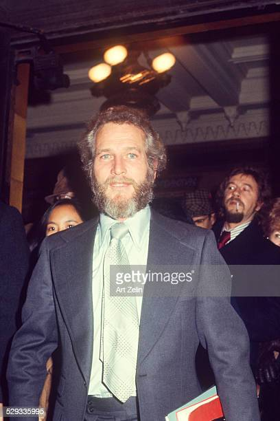Paul Newman bearded wearing a suit and tie circa 1970 New York