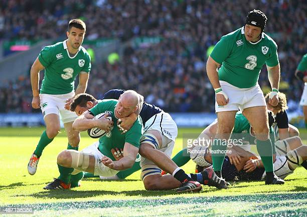 Paul O'Connell of Ireland scores the first try during the RBS Six Nations match between Scotland and Ireland at Murrayfield on March 21 2015 in...