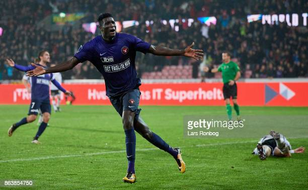 Paul Onuachu of FC Midtjylland celebrates after scoring their fourth goal during the Danish Alka Superliga match between FC Midtjylland and AC...