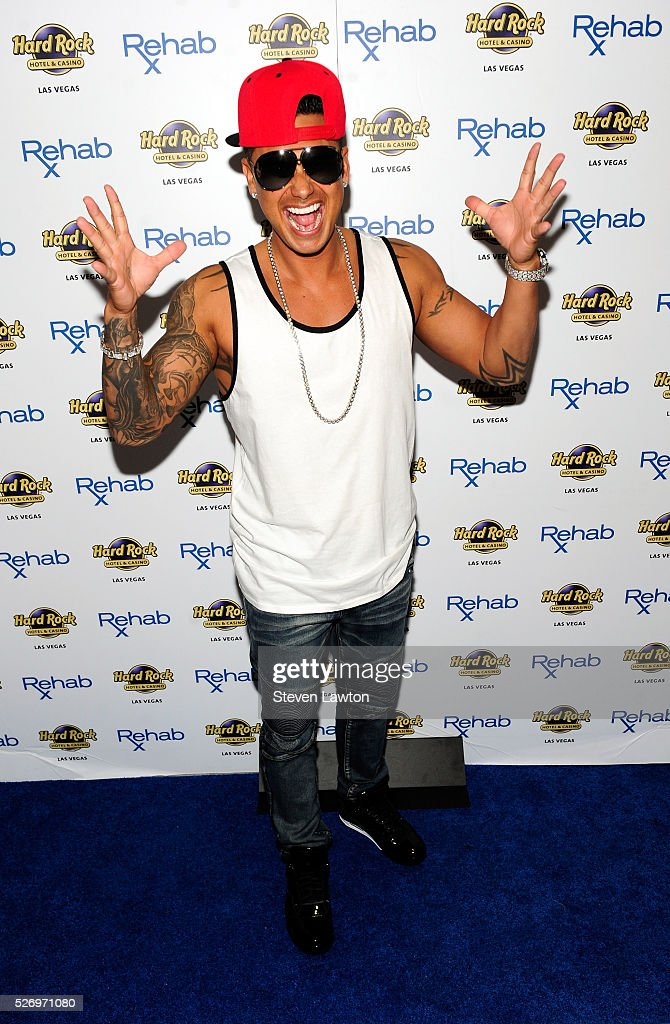 "DJ Paul ""Pauly D"" DelVecchio At Hard Rock's Rehab Pool"