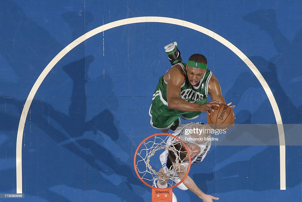 <a gi-track='captionPersonalityLinkClicked' href=/galleries/search?phrase=Paul+Pierce&family=editorial&specificpeople=201562 ng-click='$event.stopPropagation()'>Paul Pierce</a> #34 of the Boston Celtics goes to the basket against <a gi-track='captionPersonalityLinkClicked' href=/galleries/search?phrase=Beno+Udrih&family=editorial&specificpeople=202616 ng-click='$event.stopPropagation()'>Beno Udrih</a> #19 of the Orlando Magic on April 13, 2013 at Amway Center in Orlando, Florida.
