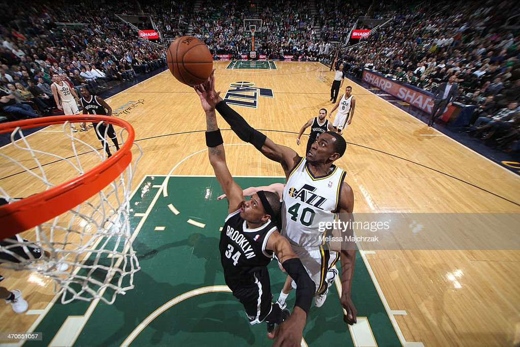 <a gi-track='captionPersonalityLinkClicked' href=/galleries/search?phrase=Paul+Pierce&family=editorial&specificpeople=201562 ng-click='$event.stopPropagation()'>Paul Pierce</a> #34 of the Brooklyn Nets shoots against Jeremy Evans #40 of the Utah Jazz at EnergySolutions Arena on February 19, 2014 in Salt Lake City, Utah.