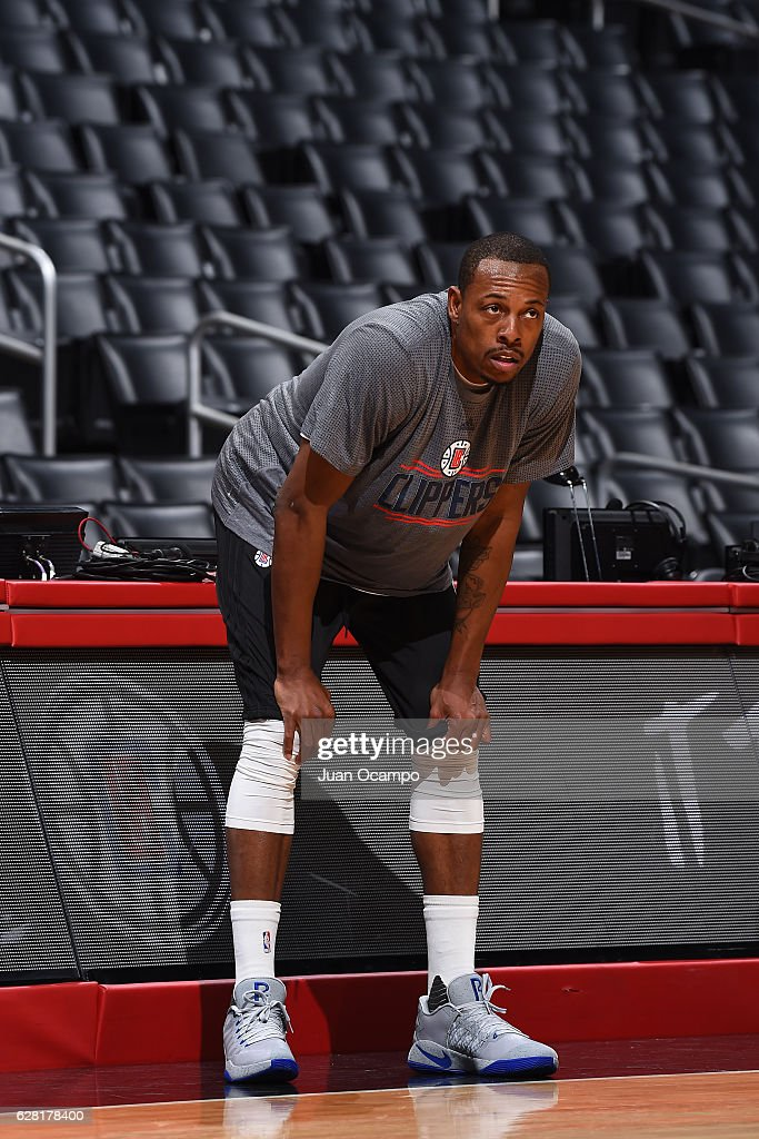Paul Pierce #34 of the LA Clippers warms up before the game against the Detroit Pistons on November 7, 2016 at the STAPLES Center in Los Angeles, California.