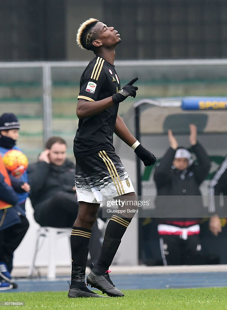 <a gi-track='captionPersonalityLinkClicked' href=/galleries/search?phrase=Paul+Pogba&family=editorial&specificpeople=5805302 ng-click='$event.stopPropagation()'>Paul Pogba</a> of Juventus celebrates after scoring the goal 0-4 during Serie A match between AC Chievo Verona and Juventus FC at Stadio Marc'Antonio Bentegodi on January 31, 2016 in Verona, Italy.