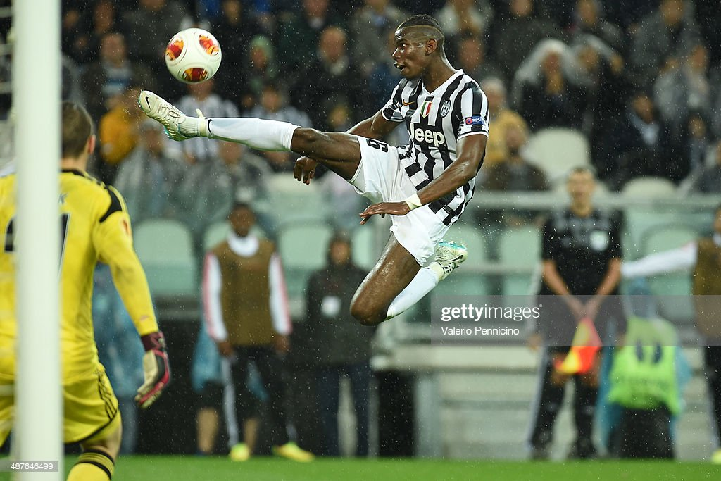 Paul Pogba of Juventus controls the ball during the UEFA Europa League semi final match between Juventus and SL Benfica at Juventus Arena on May 1, 2014 in Turin, Italy.