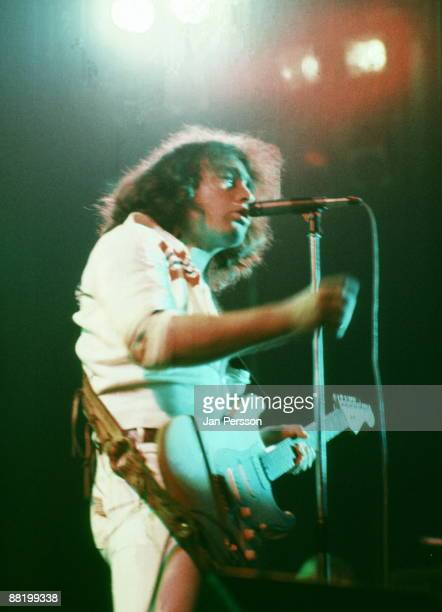 Paul Rodgers of Bad Company performs on stage on February 17 1976 in Copenhagen Denmark