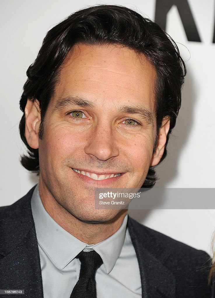 <a gi-track='captionPersonalityLinkClicked' href=/galleries/search?phrase=Paul+Rudd&family=editorial&specificpeople=209014 ng-click='$event.stopPropagation()'>Paul Rudd</a> arrives at the 'This Is 40' - Los Angeles Premiere at Grauman's Chinese Theatre on December 12, 2012 in Hollywood, California.