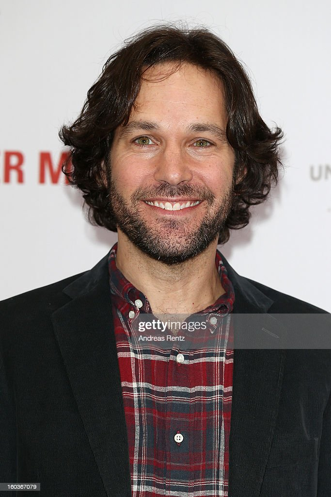 Paul Rudd smiles during the photocall 'Immer Aerger mit 40' (This Is 40) at Adlon Hotel on January 30, 2013 in Berlin, Germany.