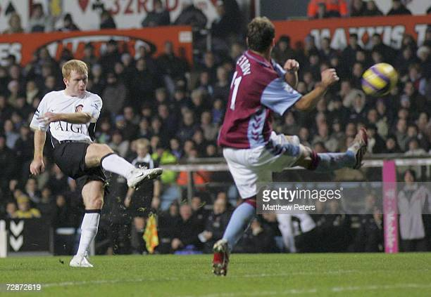 Paul Scholes of Manchester United scores the second goal during the Barclays Premiership match between Aston Villa and Manchester United at Villa...