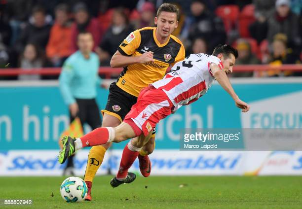Paul Seguin of SG Dynamo Dresden and Steven Skrzybski of 1 FC Union Berlin during the Second Bundesliga match between Union Berlin and Dynamo Dresden...