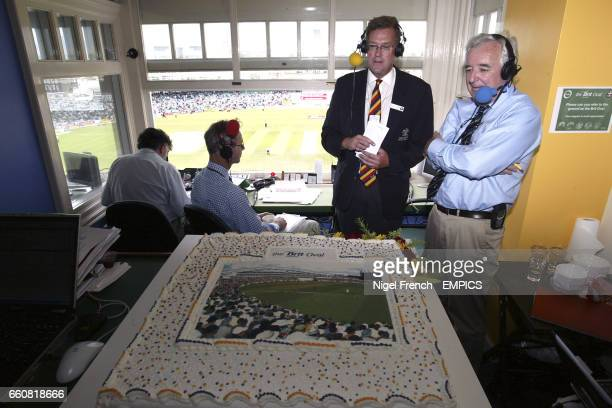 Paul Sheldon Chief Executive of Surrey CCC with the cake in the design of the new Brit Oval