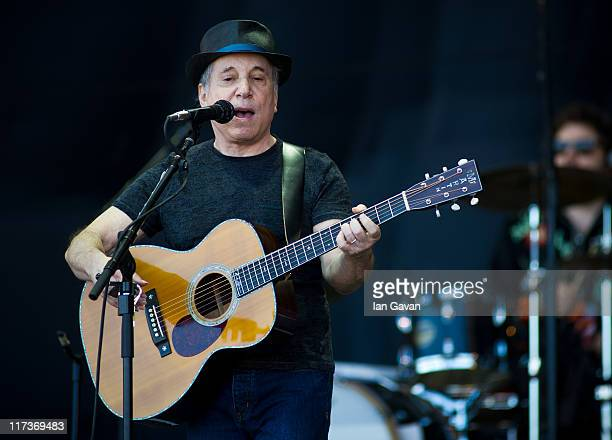 Paul Simon performs live on the pyramid stage during the Glastonbury Festival at Worthy Farm Pilton on June 26 2011 in Glastonbury England The...