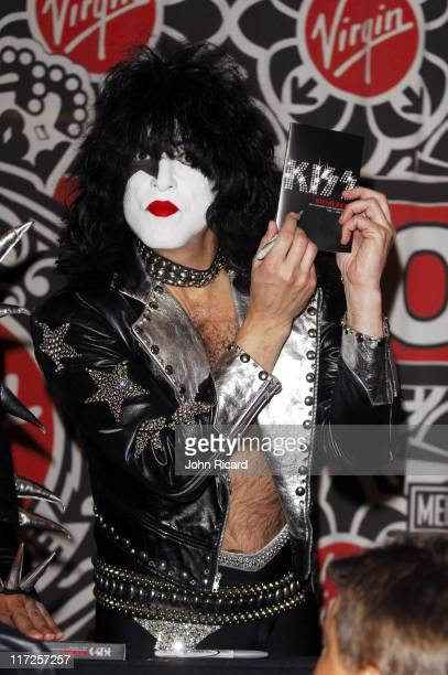 Paul Stanley of KISS during Kissology Volume 1 19741977 DVD Signing at Virgin Megastore with Gene Simmons and Paul Stanley of KISS at Virgin...