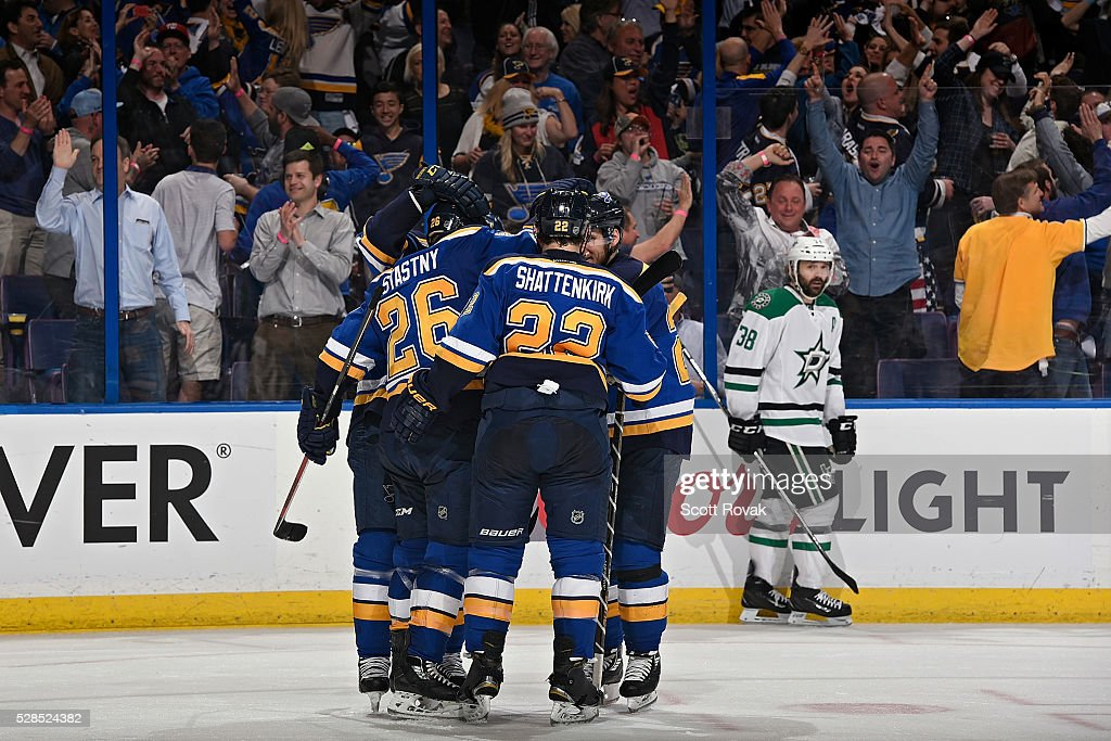 <a gi-track='captionPersonalityLinkClicked' href=/galleries/search?phrase=Paul+Stastny&family=editorial&specificpeople=2494330 ng-click='$event.stopPropagation()'>Paul Stastny</a> #26 of the St. Louis Blues is congratulated by teammates after scoring a goal as <a gi-track='captionPersonalityLinkClicked' href=/galleries/search?phrase=Vernon+Fiddler&family=editorial&specificpeople=208086 ng-click='$event.stopPropagation()'>Vernon Fiddler</a> #38 of the Dallas Stars looks on in Game Four of the Western Conference Second Round during the 2016 NHL Stanley Cup Playoffs at the Scottrade Center on May 5, 2016 in St. Louis, Missouri.