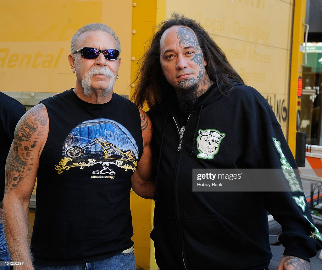 <a gi-track='captionPersonalityLinkClicked' href=/galleries/search?phrase=Paul+Teutul+Sr.&family=editorial&specificpeople=242944 ng-click='$event.stopPropagation()'>Paul Teutul Sr.</a> filming on location for 'Celebrity Apprentice All Stars' on October 16, 2012 in New York City.