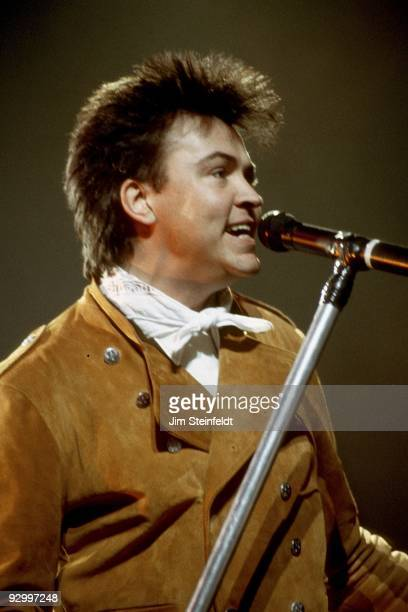 Paul Young performs in Minnesota in March 1987