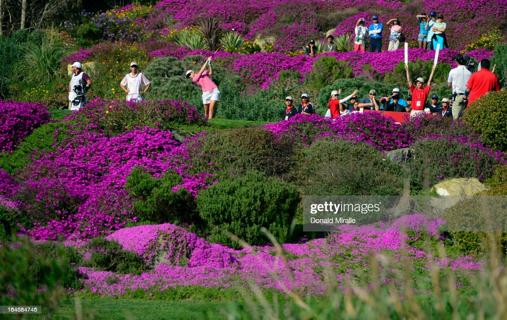 <a gi-track='captionPersonalityLinkClicked' href=/galleries/search?phrase=Paula+Creamer&family=editorial&specificpeople=209411 ng-click='$event.stopPropagation()'>Paula Creamer</a> tees off the 15th hole during the Final Round of the LPGA 2013 Kia Classic at the Park Hyatt Aviara Resort on March 24, 2013 in Carlsbad, California.