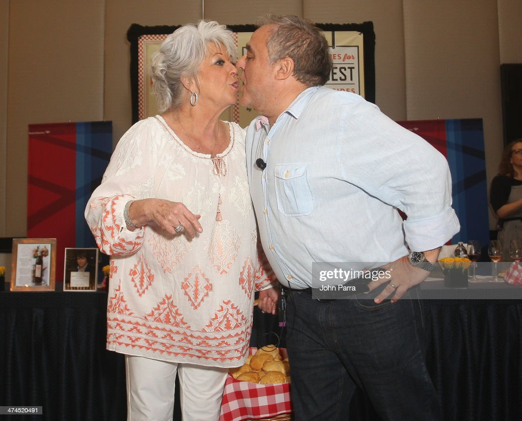 Paula deen photo getty images - Paula Deen And Founder Of The Food Network South Beach Wine Food Festival Lee