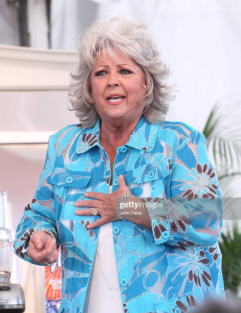 Paula deen photo getty images - Paula Deen Attends The 2010 South Beach Wine And Food Festival Grand Tasting Village On February