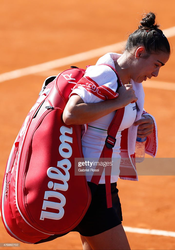 <a gi-track='captionPersonalityLinkClicked' href=/galleries/search?phrase=Paula+Ormaechea&family=editorial&specificpeople=8801820 ng-click='$event.stopPropagation()'>Paula Ormaechea</a> of Argentina cries after losing the round 3 match between <a gi-track='captionPersonalityLinkClicked' href=/galleries/search?phrase=Paula+Ormaechea&family=editorial&specificpeople=8801820 ng-click='$event.stopPropagation()'>Paula Ormaechea</a> of Argentina and Lara Arruabarrena of Spain as part of World Group II Playoffs of Fed Cup 2015 between Argentina and Spain at Tecnopolis on April 19, 2015 in Villa Martelli, Argentina. The playoff will decide who gets to maintain their position in the group.