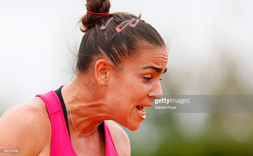<a gi-track='captionPersonalityLinkClicked' href=/galleries/search?phrase=Paula+Ormaechea&family=editorial&specificpeople=8801820 ng-click='$event.stopPropagation()'>Paula Ormaechea</a> of Argentina reacts during Argentina Training Session for the first round of Fed Cup 2015 match between Argentina and USA at Pilara Tennis Club on February 04, 2015 in Buenos Aires, Argentina.