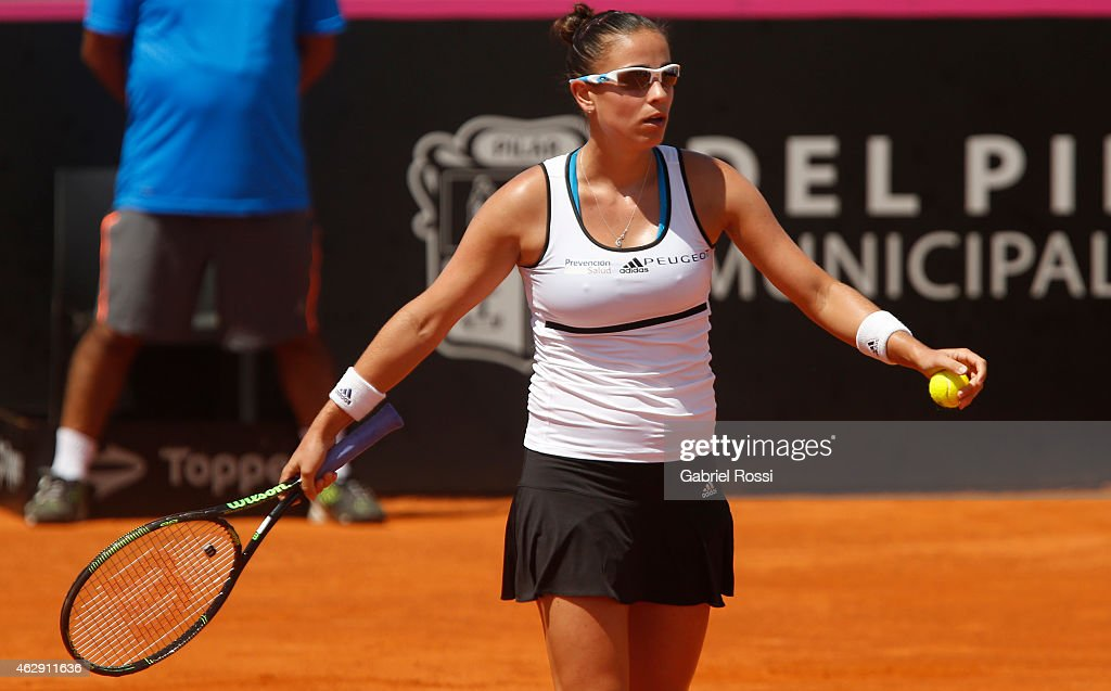<a gi-track='captionPersonalityLinkClicked' href=/galleries/search?phrase=Paula+Ormaechea&family=editorial&specificpeople=8801820 ng-click='$event.stopPropagation()'>Paula Ormaechea</a> of Argentina reacts during her single match between <a gi-track='captionPersonalityLinkClicked' href=/galleries/search?phrase=Paula+Ormaechea&family=editorial&specificpeople=8801820 ng-click='$event.stopPropagation()'>Paula Ormaechea</a> and Venus Williams as part of Fed Cup 2015 at Pilara Tenis Club on February 07, 2015 in Buenos Aires, Argentina.