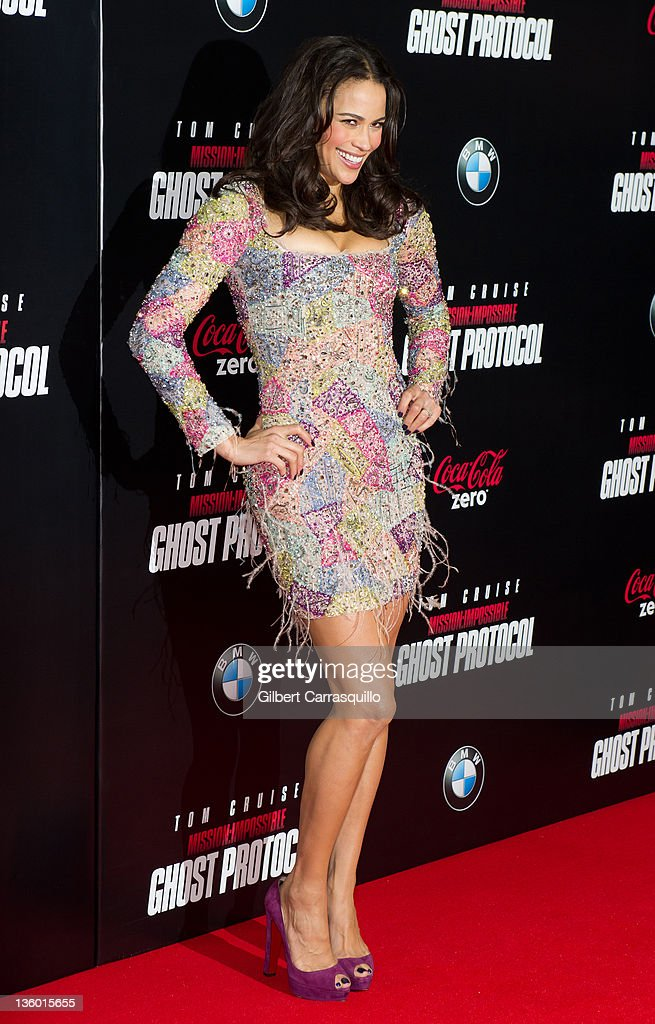 <a gi-track='captionPersonalityLinkClicked' href=/galleries/search?phrase=Paula+Patton&family=editorial&specificpeople=752812 ng-click='$event.stopPropagation()'>Paula Patton</a> attends the 'Mission: Impossible - Ghost Protocol' U.S. premiere at the Ziegfeld Theatre on December 19, 2011 in New York City.