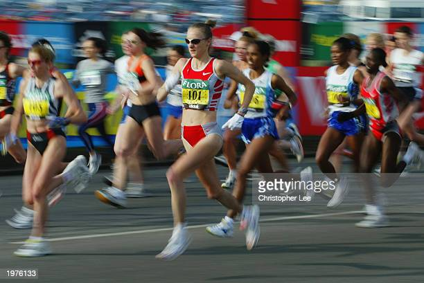 Paula Radcliffe of Great Britain at the start of the race during the 2003 Flora London Marathon on April 13 2003 at the Mall in London England