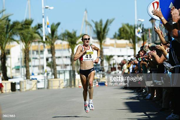 Paula Radcliffe of Great strides majestically on her way to winning the12th IAAF World Half Marathon Championships on October 4 2003 in Vilamoura...