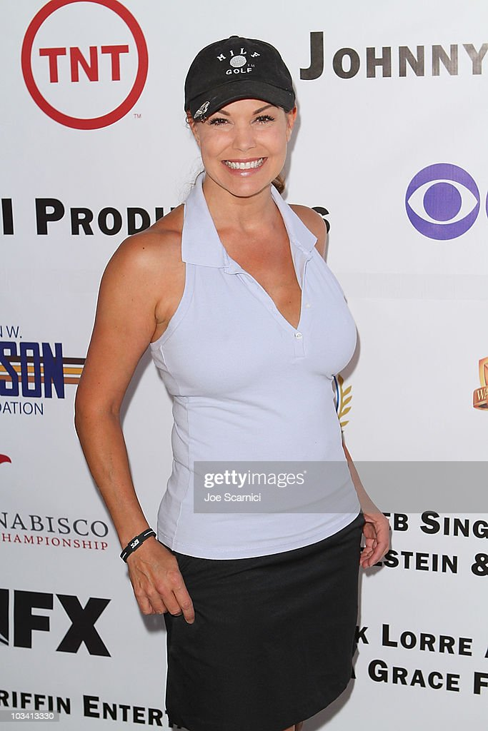 Paula Trickey arrives to the Inaugural SAG Foundation Golf Classic at Lakeside Golf Club on August 16 2010 in Toluca Lake California