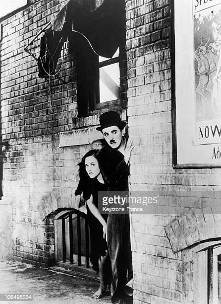 Paulette Goddard And Charlie Chaplin In 1935